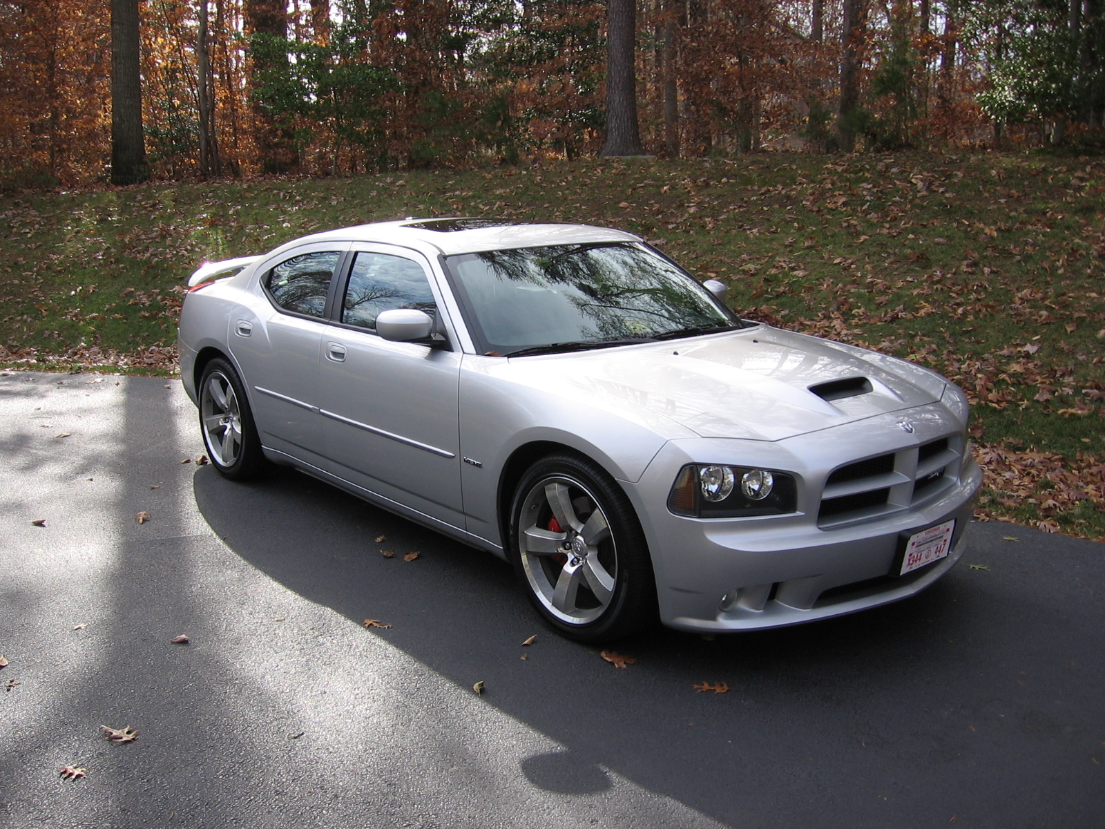2006 dodge charger srt8 for autos post. Black Bedroom Furniture Sets. Home Design Ideas